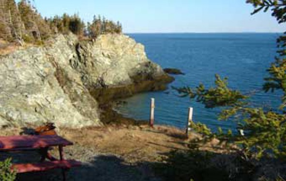 hole-in-the-wall-park-campground-view-cliff-edge-site