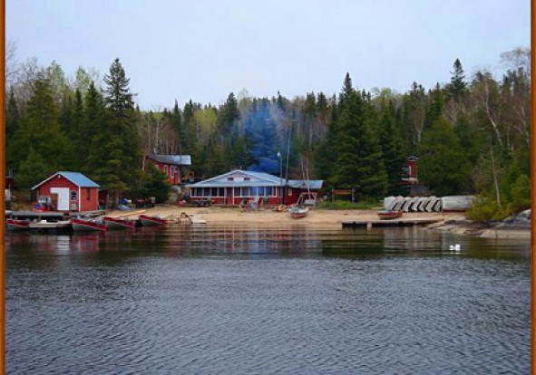 northern-walleye-lodge-main
