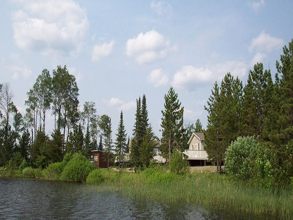 marrs-perch-lake-lodge-main